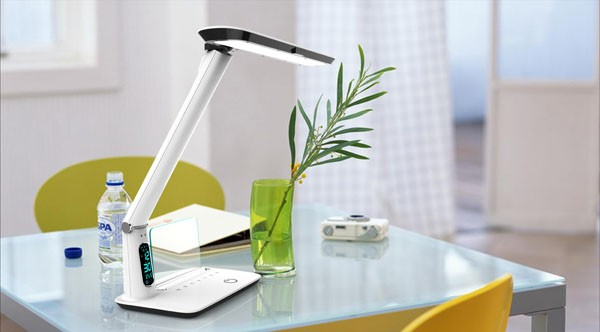 New arrvial modern smart eye protect led reading lamp with clock and memo board