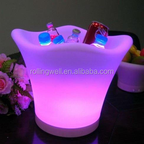 Outdoor Custom Plastic LED Ice Bucket for Beer / belvedere / Champagne