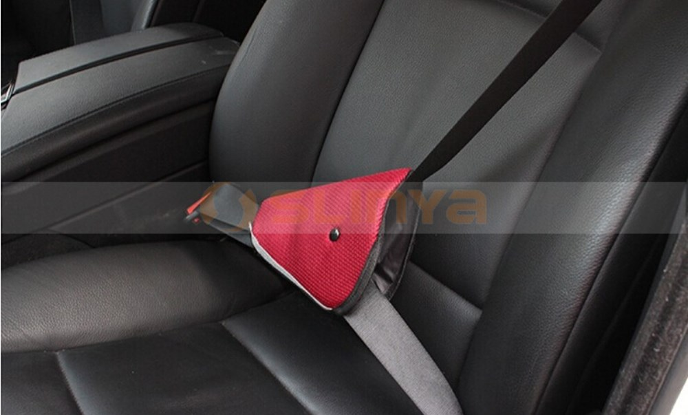 Triangle Child Car Safety Belt Adjuster Beauty Fit Kids Parts Protecting Adjuster Toddlers Car Safety Seat Belt