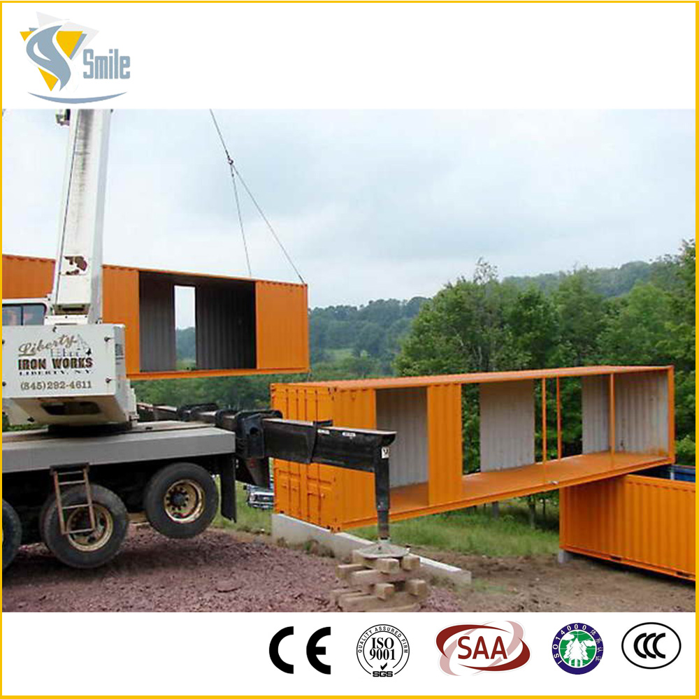 Well-designed heat resistant timber villa
