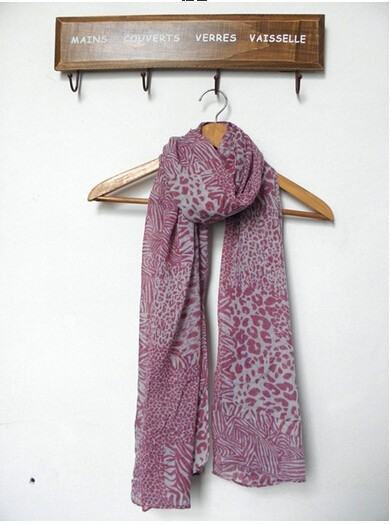 China Supplier Printed Wholesale Viscose Fashion lady Scarf beach scarf