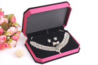C06 201606 Necklace Ring Earring Set Gift Box Jewelry Set Gift Packing Rosered Stock Box Fabric High Noble Retail 18*13*4 cm
