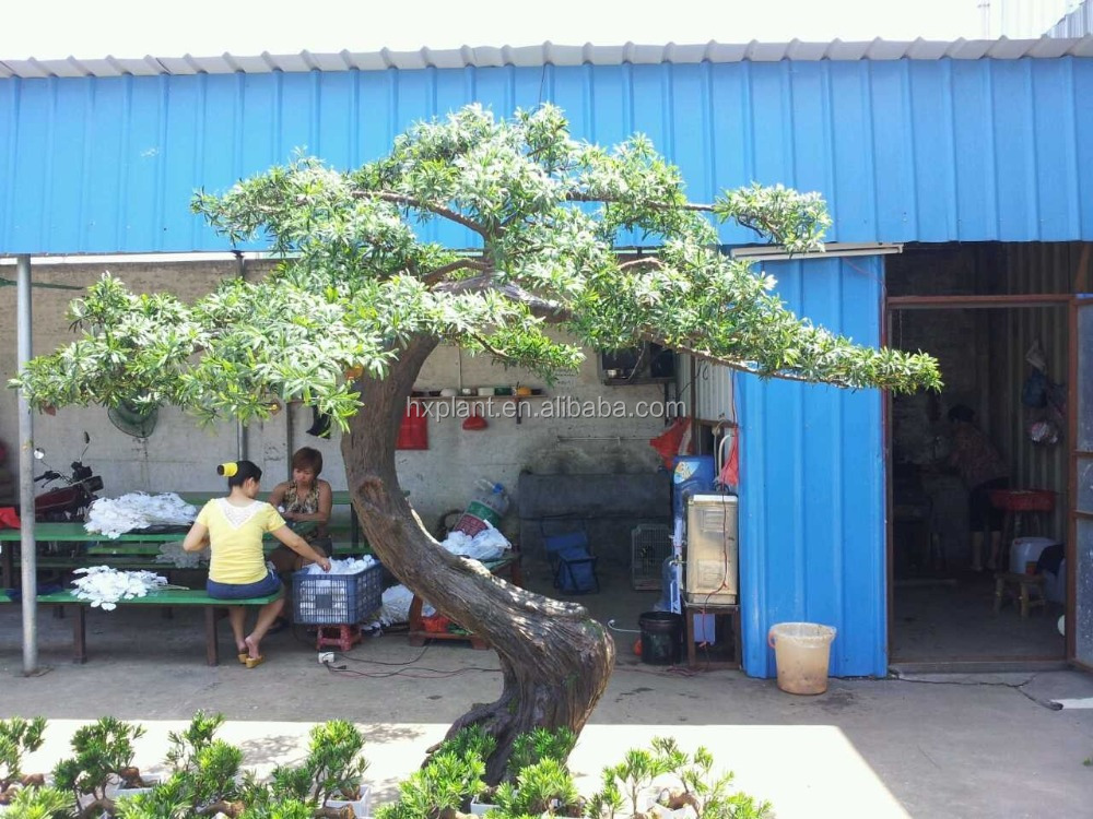 Artificial yacca trees for garden decoration