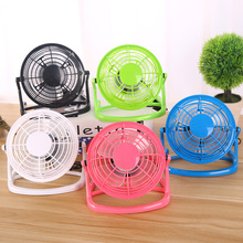2018 Hot Sale Latest Novelty 4 Inch Mini Mute Plastic Table Stand usb Fan