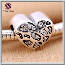 Wholesale Genuine sterling 925 silver pet jewelry pave Charm Paw Print Heart beads with clear cz