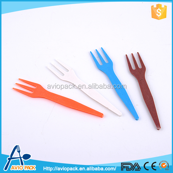 New products colorful non toxic mini PP plastic fruit fork
