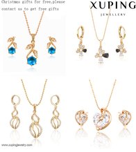 Christmas gifts for free fashion 18k gold jewelry