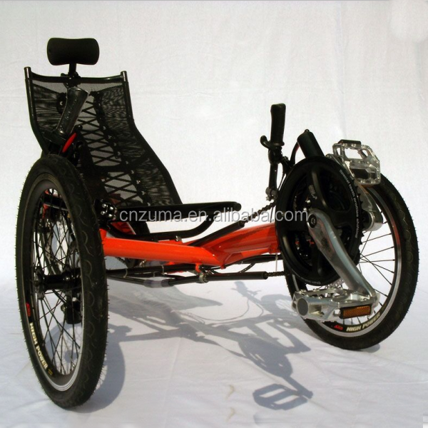 three wheels recumbent trike