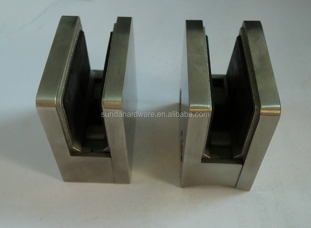 316 Stainless Steel Glass Railing Clamp With Square design