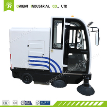 ride on sweeper, industrial road sweeper with roller brush/efficiency road sweeper/powered lawn sweeper