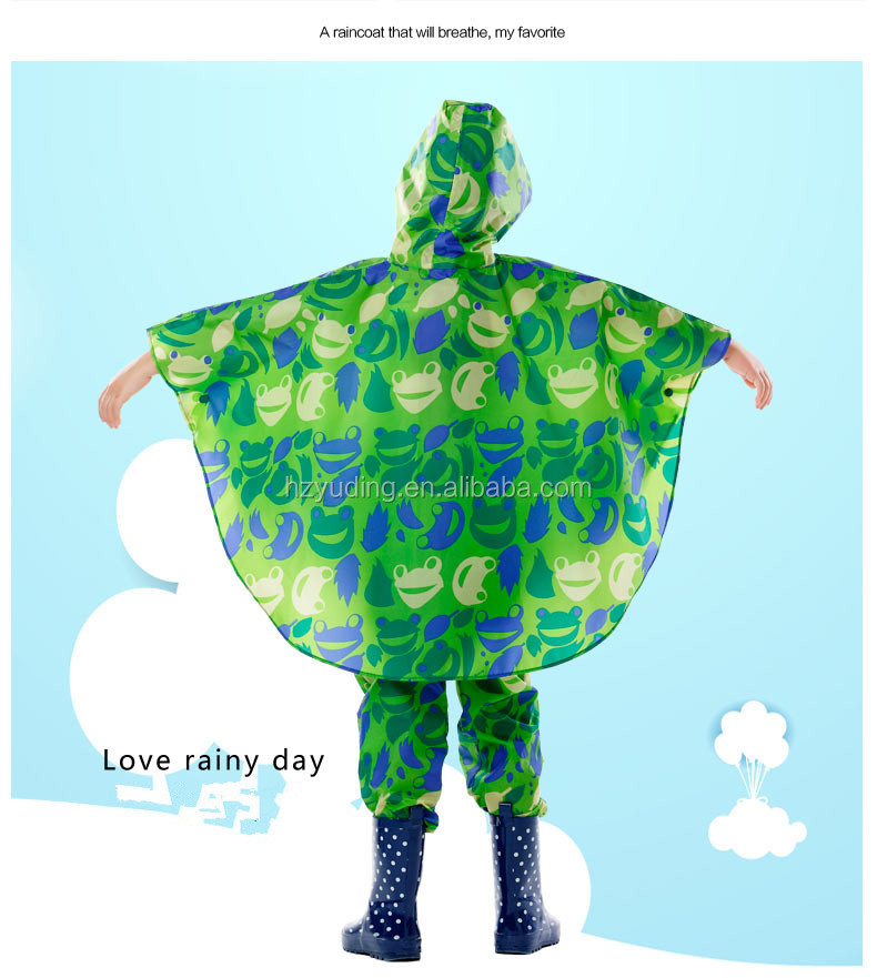 Cute Cartoon Style Instock Waterproof Hooded Children Rain Coat