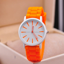 Hot Sale Women's Hand Wrist Watch Low MOQ IP Plating Ladies Wrist Watch Sublimation Blank Dial Watch For Female