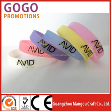 Latest hot selling diy silicone wristband with free choice style and logo wristband