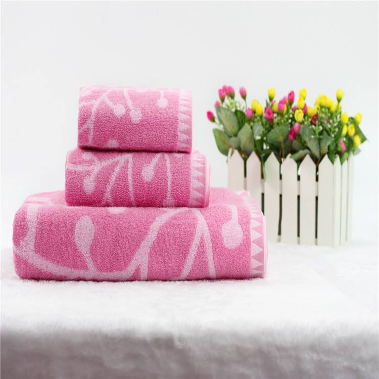High Quality Jacquard Bath Towel 100% Cotton With Professional Design