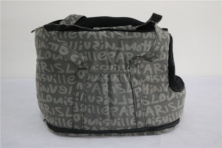 Christmas Wholesale Dog Carreir/Large Dog Kennel/Cheap Pet Bag Factory