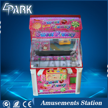 Candy House coin operated pusher arcade game toys gift vending machine