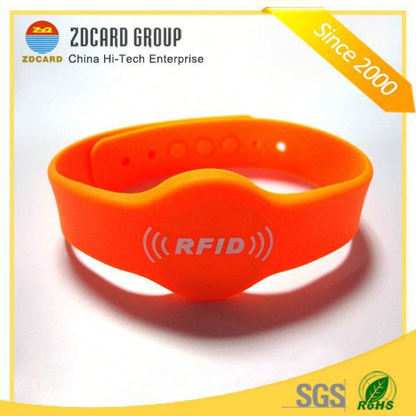 Cheap Price Custom Waterproof UHF RFID Wristband