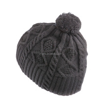Hot Sale Fashionable Hats Female Winter Cable Knit With Big Pompom Beanie
