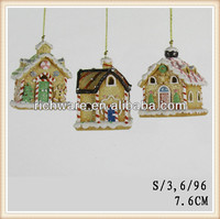 Polyresin LED gingerbread house ornament for Xmas decoration