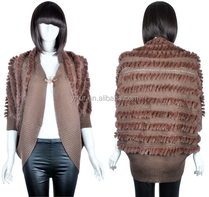 YR588 Hot Sale Free Size Fashion Trendy Yarn Wool Knit with Rabbit Fur Women Poncho