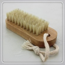 3.7inch Bristle Wooden Nail Cleaning Brush