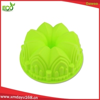 Hot sale novelty silicone cake molds , crown shape baking molds