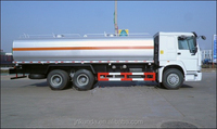 SINOTRUK HOWO oil transporting tanker truck for sale