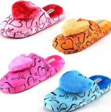 2013 New Women Hearts and Letter Print Plush Warm Slippers