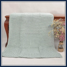 Eyelet fabric cable knitting throw warm heated heavy bed blanket