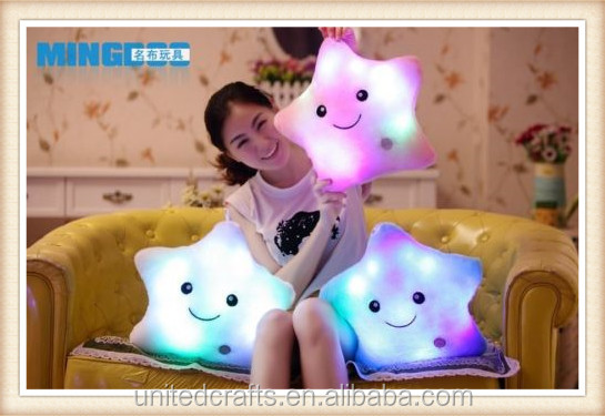 Cushion PillowBattery Powered Decorative Flashing LED Light Plush Smiling Star