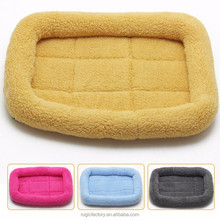 Hot sale plush berber fleece lucky pet dog sleeping bag bed non slip cute pet beds