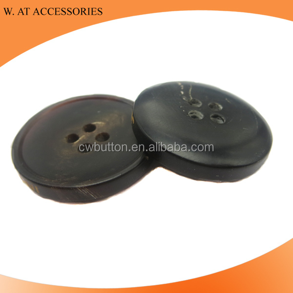 Black Real horn button