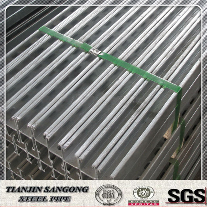 steel roof truss Q345B C steel beam with hole