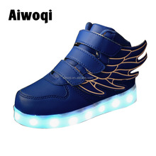 2016 Fashion colorful wing led light casual shoes for child kid shoes