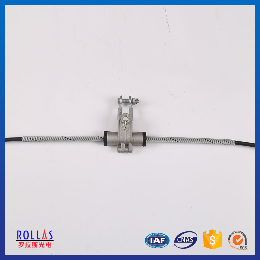 Preformed cable suspension clamp for transmission line fitting