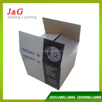 Standard corrugated carton box for shipping and packing