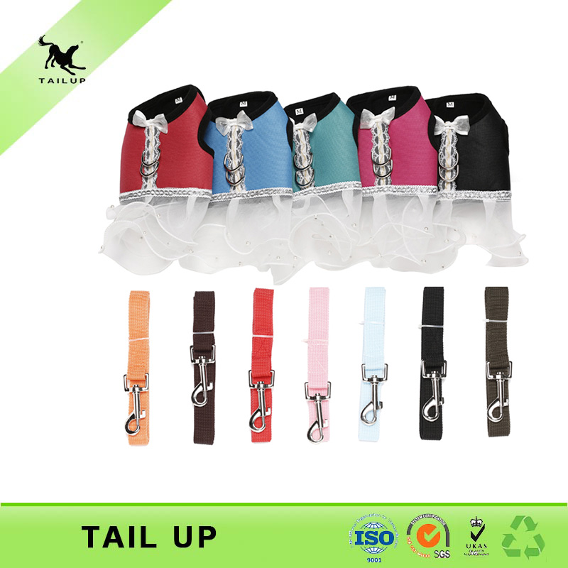 New design wholesale pet dog clothes apparel