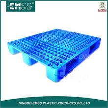 Selective Warehouse plastic pallets 1200 x 1200