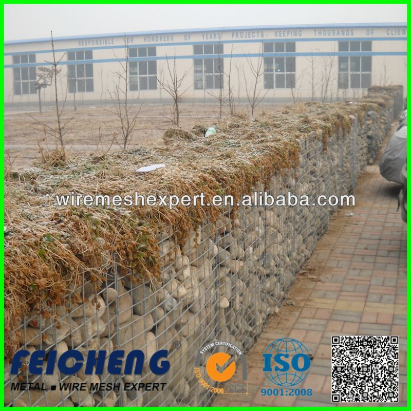 ASTM A975 standard galvanized gabion wire cages in foundation