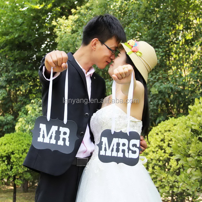 "New Arrival Rustic ""mr & Mrs"" Wedding Decoration Flag Wedding Banner With Party Decorations(DR-041)"