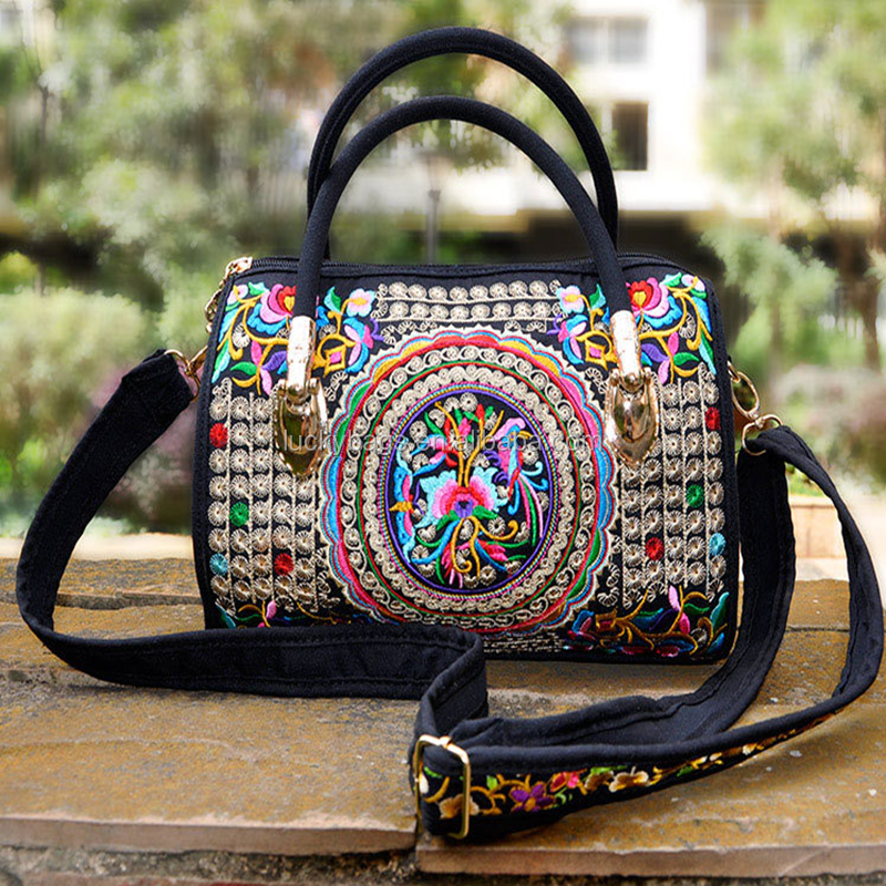 new product alibaba shopping ethnic woman bags embroidery <strong>Handbags</strong>