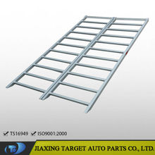 Bi-Fold aluminum wheelchair ramp