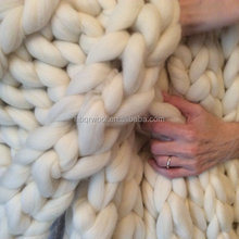 customized fluffy throw blankets cable knit blankets merino wool