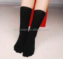 Bulk wholesale mens five finger five toe design ankle sport socks