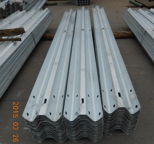 usd 750 per ton hot Selling steel highway guardrail of two waves