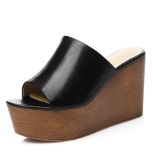 2017 Fashionable Hot Style Girls Wedges Girl Sandal Sliders Slippers Logo Custom