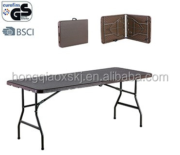 2017 hot sale 6FT Folding in half plastic table and bench with Rattan Design