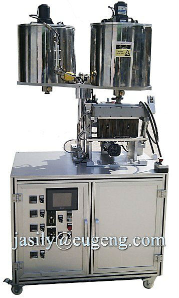 Semi-automatic plastic pencil filling machine