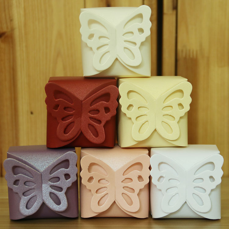 Lovely different colors butterfly pattern wedding favor paper box