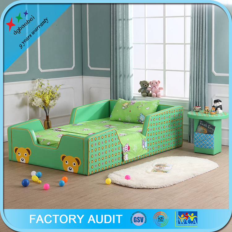 Lovely style cartoon children bed